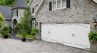 Harry-Jrs-garage-doors-Amarr-Coastal-1
