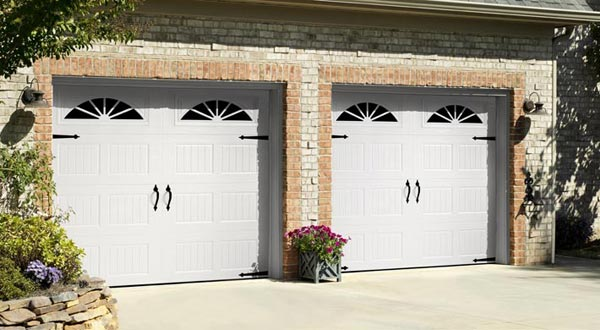 Harry-Jrs-garage-doors-Amarr-Hillcrest-1