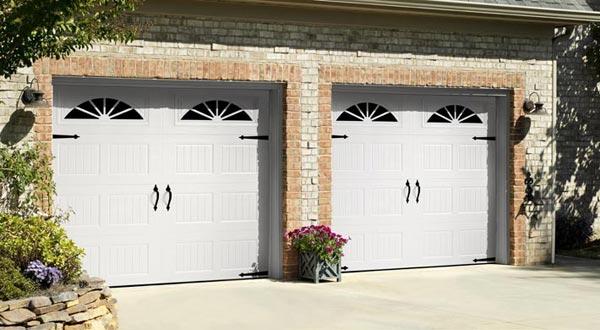Harry-Jrs-garage-doors-Amarr-Hillcrest-1