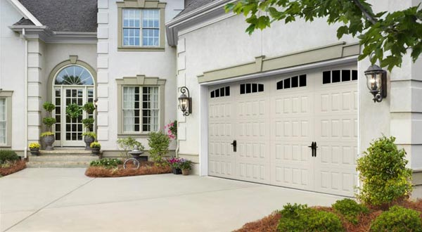 Harry-Jrs-garage-doors-Amarr-Hillcrest-2