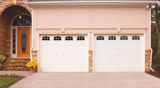 Harry-Jrs-garage-doors-Amarr-Lincoln-2