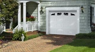 Harry-Jrs-garage-doors-Amarr-Lincoln-3