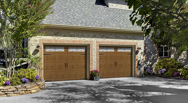 Harry-Jrs-garage-doors-Amarr-Oak-Summit-1