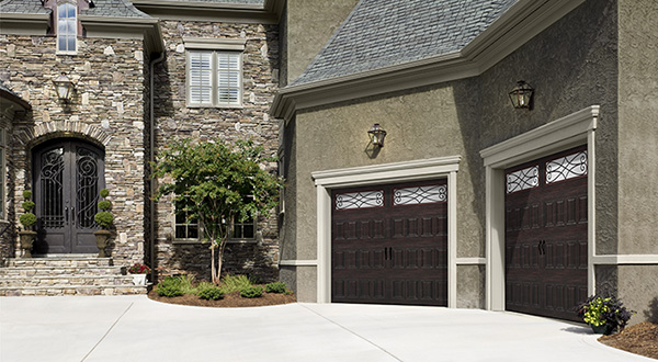 Harry-Jrs-garage-doors-Amarr-Oak-Summit-5