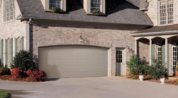 Harry-Jrs-garage-doors-Amarr-heritage-2